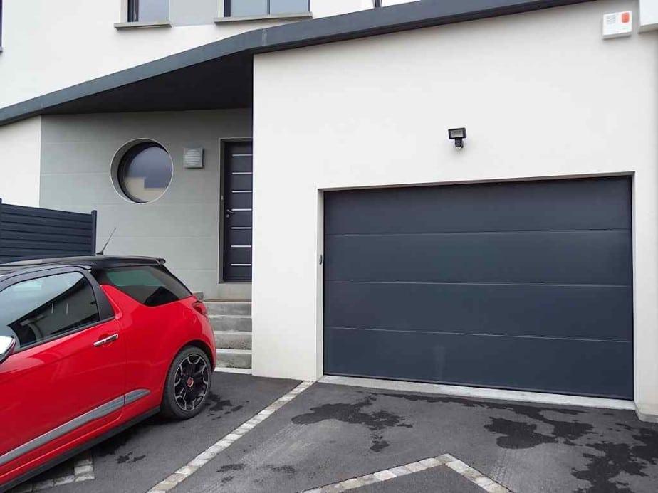 Porte de garage les types d ouverture les plus fr quents - Ouverture porte de garage ...