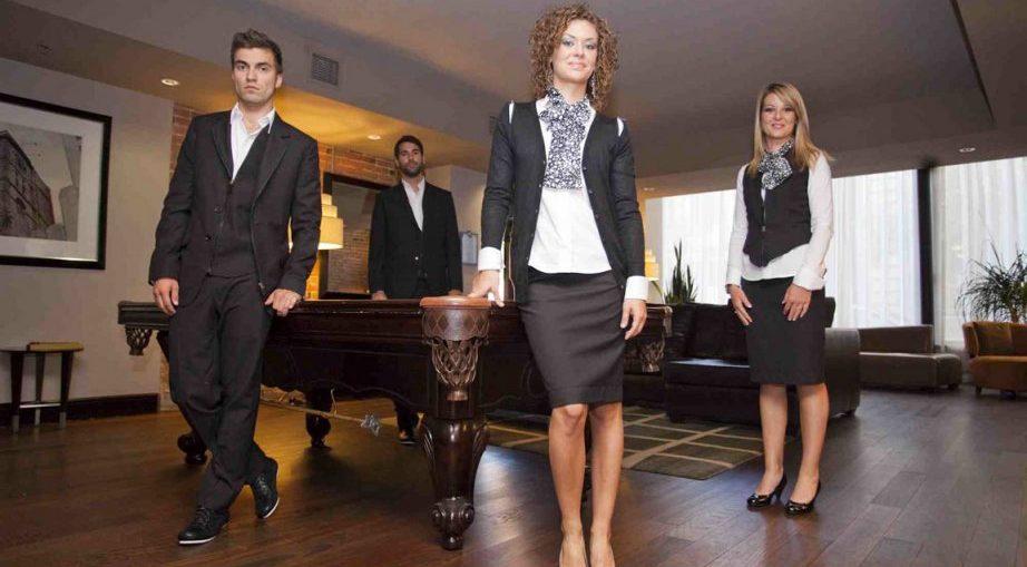 Tenue de femme de chambre dress code et valet de chambre for Valet de chambre emploi