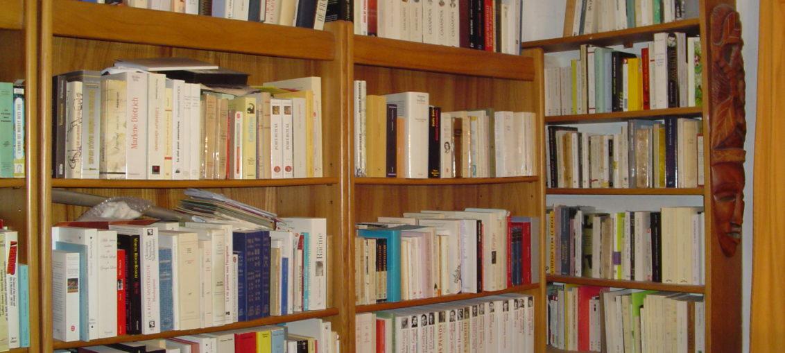 comment ranger des livres pour un meuble bibliothque cuisine nos collections de biblioth ques. Black Bedroom Furniture Sets. Home Design Ideas