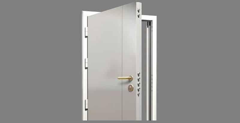 la porte blind e pour une s curit maximale. Black Bedroom Furniture Sets. Home Design Ideas